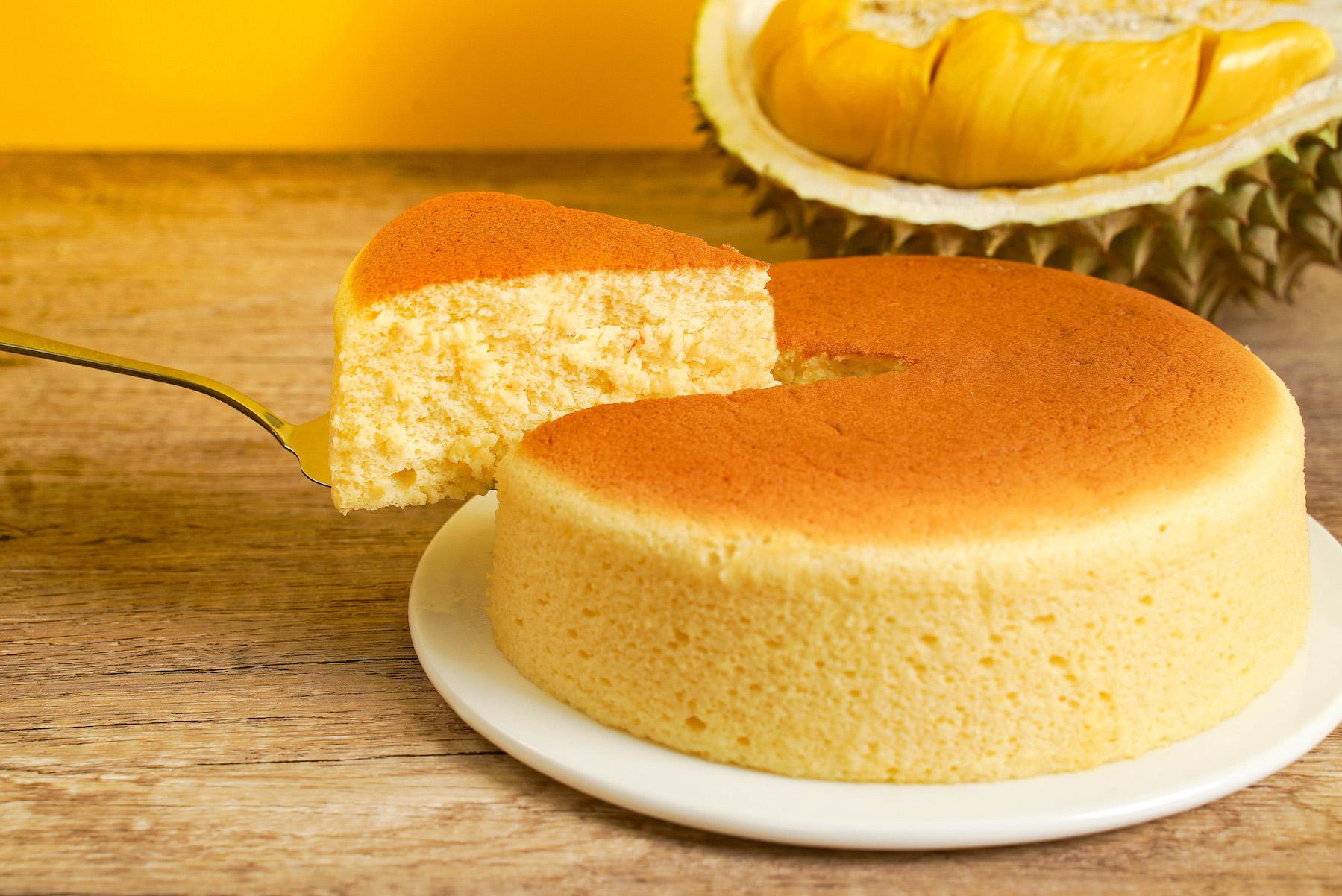 Durian soufflé cheesecake
